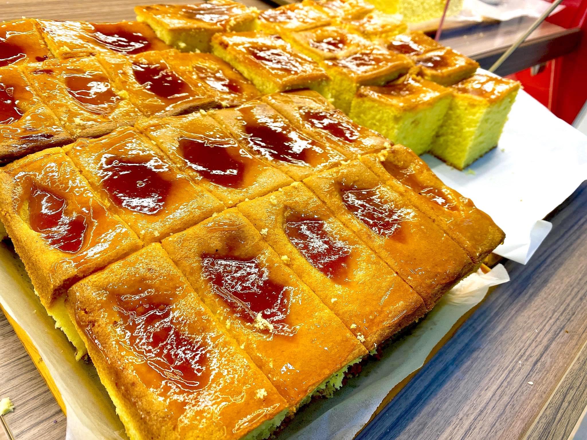 華爾登餅店, 菠蘿磅蛋糕, 菠蘿 Jam Cake, 翻轉菠蘿磅蛋糕