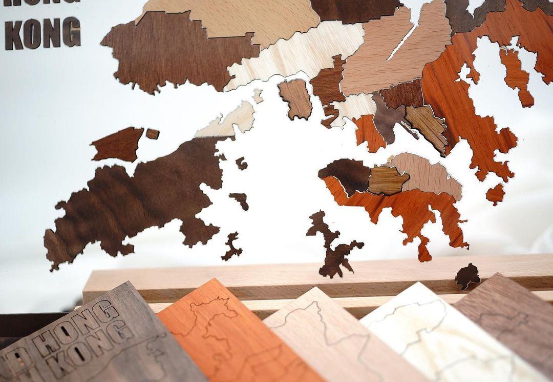 香港人 移民 移民禮物 SYNC Production 座台式木製香港地圖 香港地圖 拼圖 木製品 亞加力膠板 原木