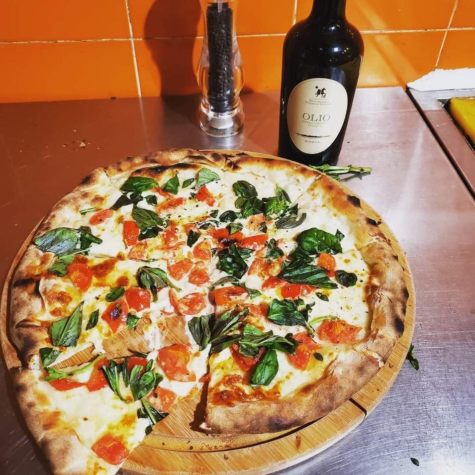 MIRROR ERROR 良心小店 意大利菜 上環 永樂街 Pizzeria Jacomax Pizza 意大利水牛芝士車厘茄薄餅
