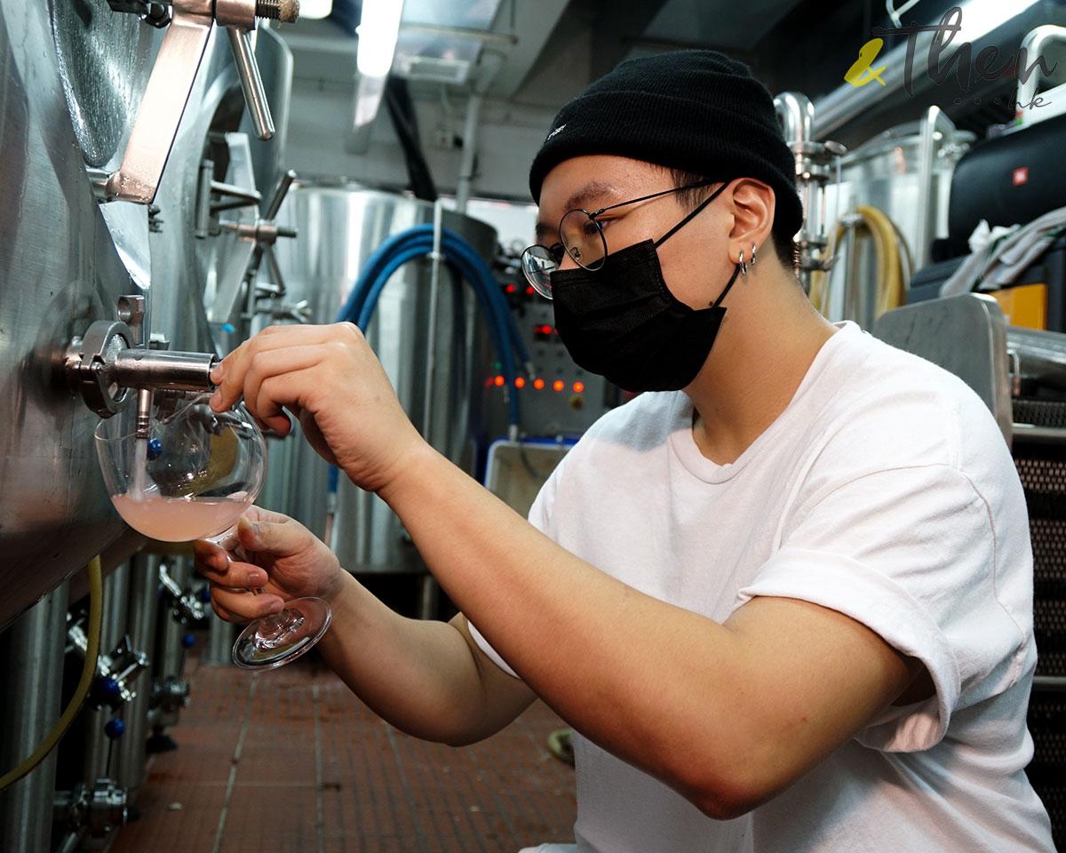 Citibrew 城釀 手工啤 啤酒廠 啤酒樽 香港品牌 香港人 Harry 斟酒 廠房